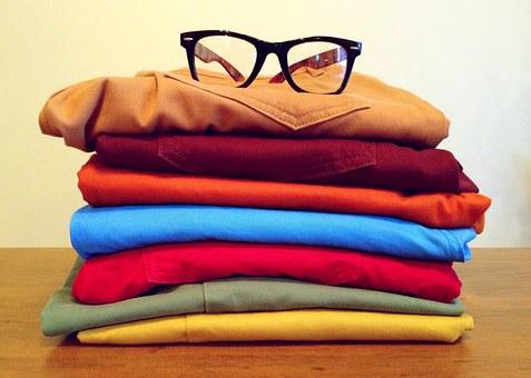 clothing-964878__340.jpg